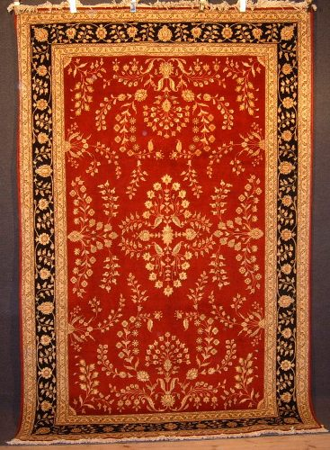 Tabriz of red ground colour